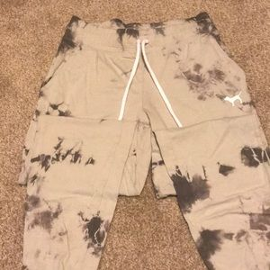 PINK Joggers Size Small. Only tried on, not worn